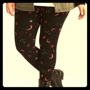 Torrid sz 3 moon and stars leggings